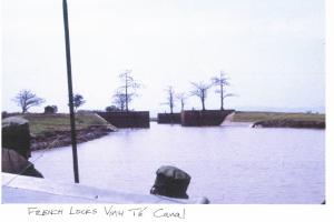 French Locks a Vinh Te Canal