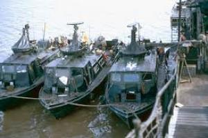 YRMB-16 with boats