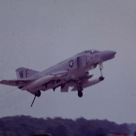 F4 lands at Da Nang